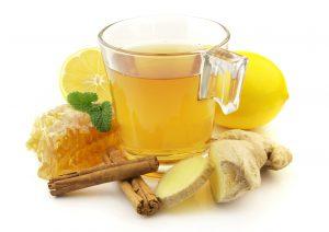 خمسة مشروبات طبيعية لـ تنظيف القولون من السموم