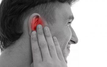 طرق طبيعية لعلاج التهاب الاذن في فصل الشتاء