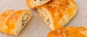 طريقة عمل الكرواسون بالجبنة والبقدونس للشيف نجلاء الشرشابي