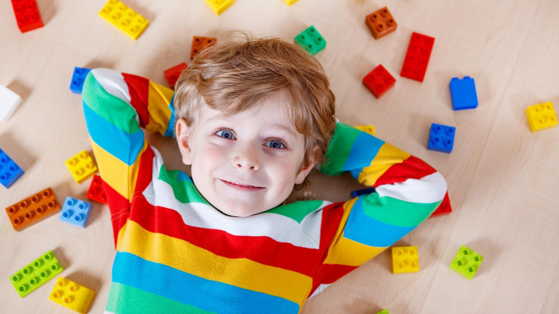 ألعاب لتنمية مهارات الطفل حتى 7 سنوات