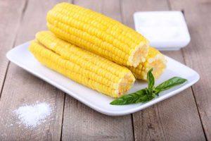 شوربة الذرة الحلوة الكريمي لايت مع فوائد الذرة الحلوة المدهشة