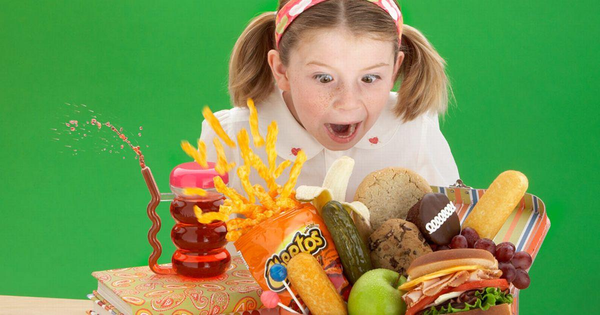 أسوأ اطعمة الاطفال إبتعدي عنها