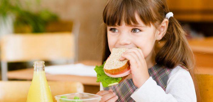 زيادة التركيز وتنشيط الذاكرة في فترة الإمتحانات بأغذية مشروبات طبيعية