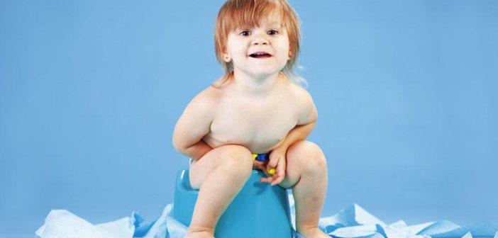 نصائح تساعدك على تعويد الطفل على الحمام