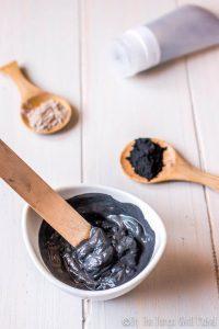 أسرار و فوائد ماسك الفحم للبشرة