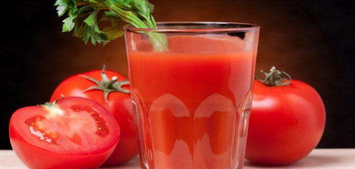 فوائد عصير الطماطم المدهشة