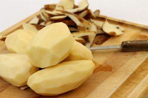 قشر البطاطس و فوائده المدهشة