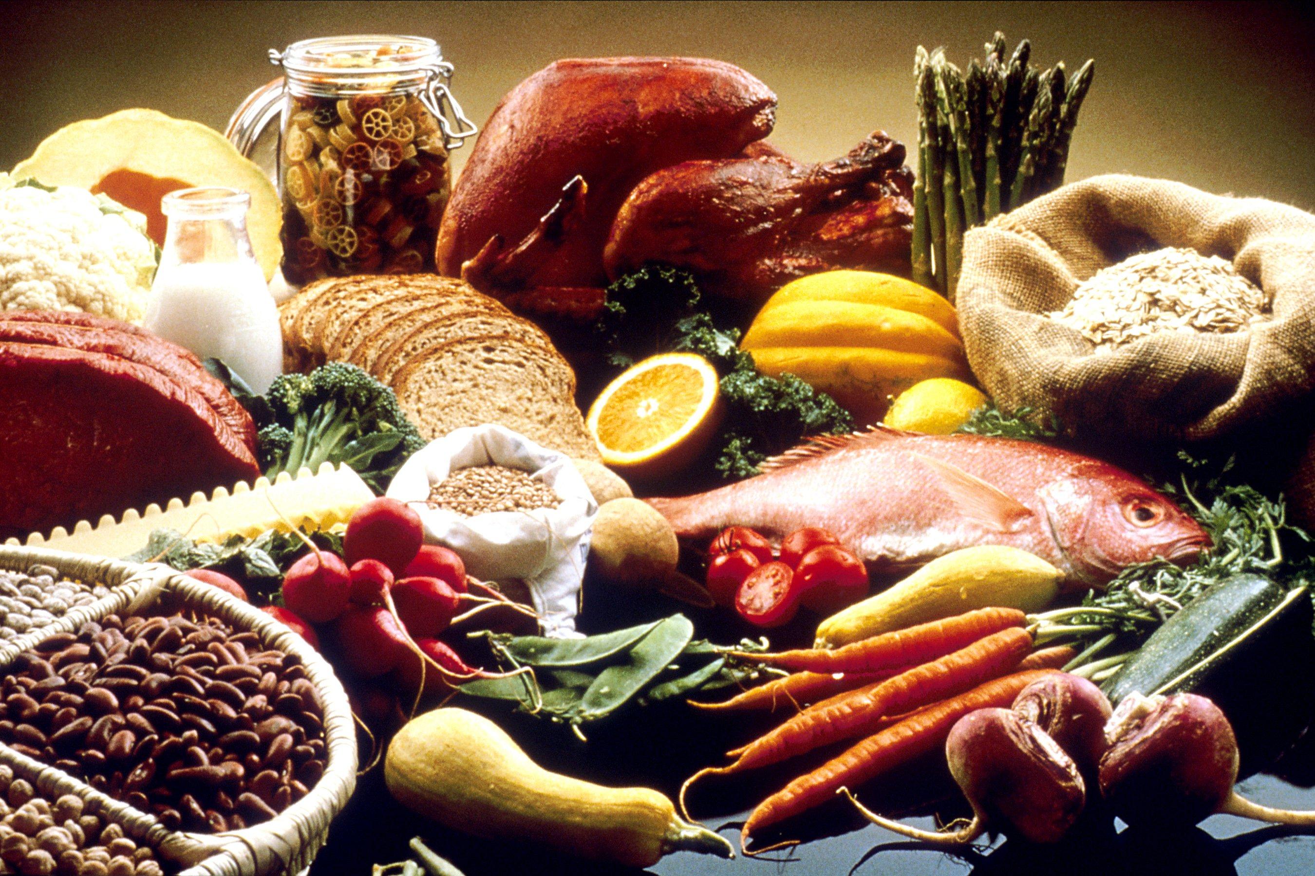 Photo of أطعمة تزيد هرمون الاستروجين هرمون الأنوثة بشكل طبيعي