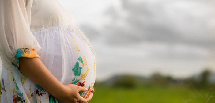 علاجات طبيعية لتقليل ظهور علامات التمدد اثناء الحمل
