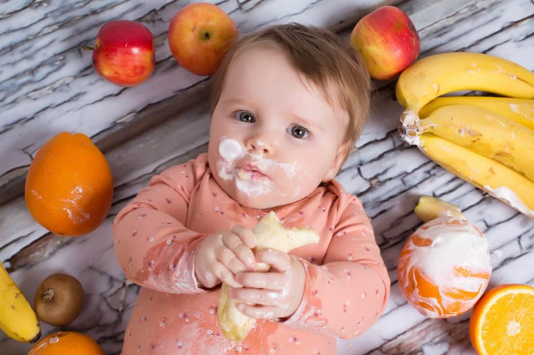 Photo of تغذية الطفل الرضيع خطوة بخطوة حسب العمر للدكتورة ماجدة مطيع