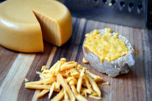 طريقة عمل الجبنة الشيدر للشيف نجلاء الشرشابي