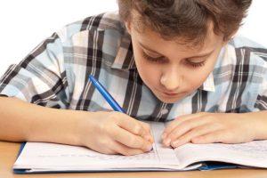معلومات هامة لكل أم إبنها تاعبها في المذاكرة