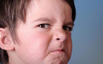 تربية الطفل لكي تتجنبي عنف أطفالك وكوني قدوة لهم
