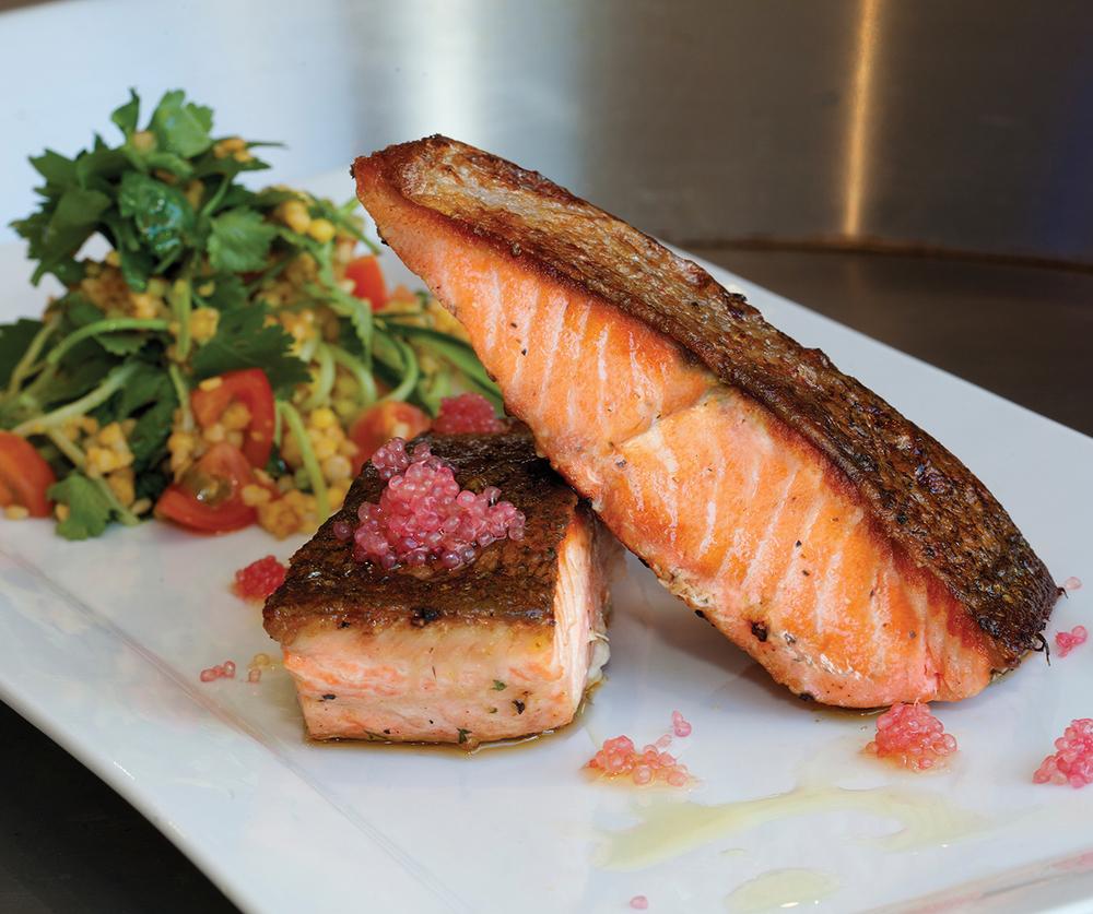 Photo of طريقة عمل سمك السلمون المقلي مع فوائده المدهشة