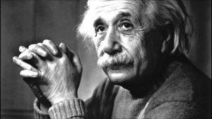 كيف تجعل طفلك البرت اينشتاين بعشر خطوات ؟