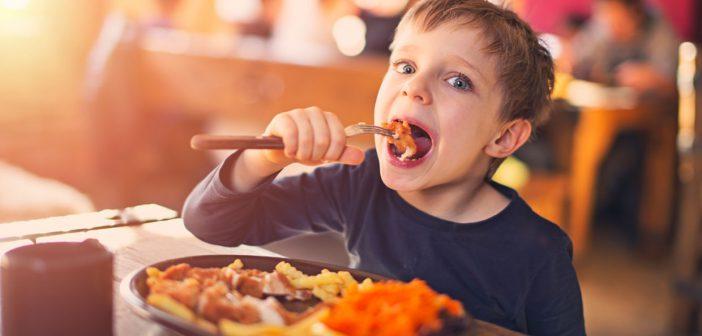 ملف شامل عن تغذية المراهقين