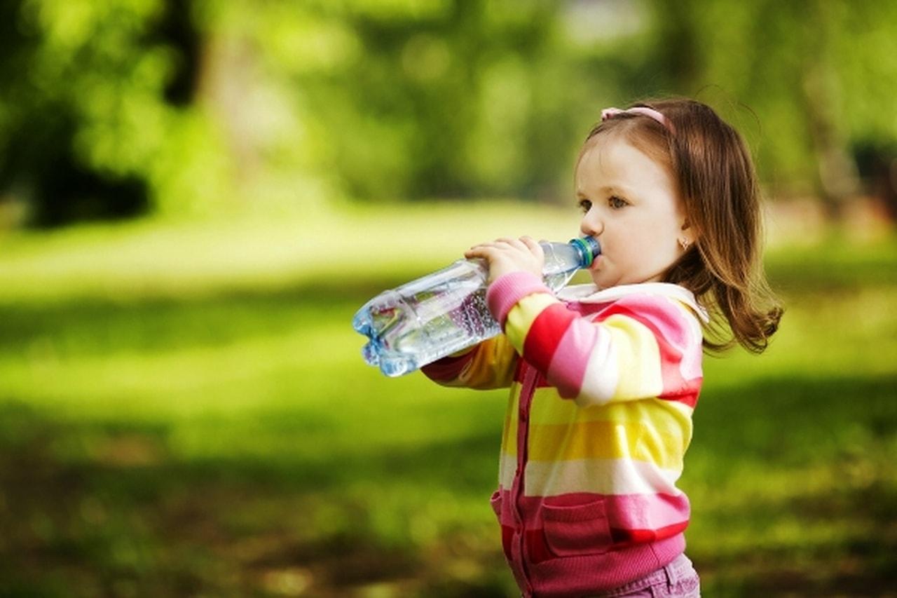 Photo of احمي طفلك في الصيف من الجراثيم والميكروبات