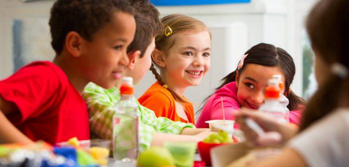 تغذية الطفل من عمر 3 سنوات حتى 5 سنوات