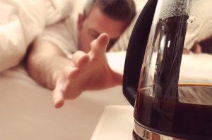 تغلب على أعراض انسحاب الكافيين أثناء الصيام
