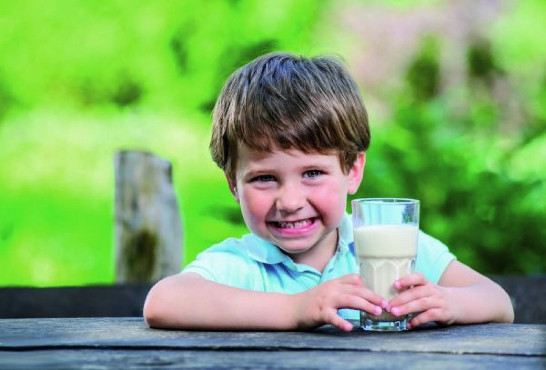 Photo of فوائد البروتين لصحة طفلك وكمية إحتياجه اليومي