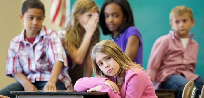 كيف اعرف أن طفلي يتعرض لمضايقات بمدرسته