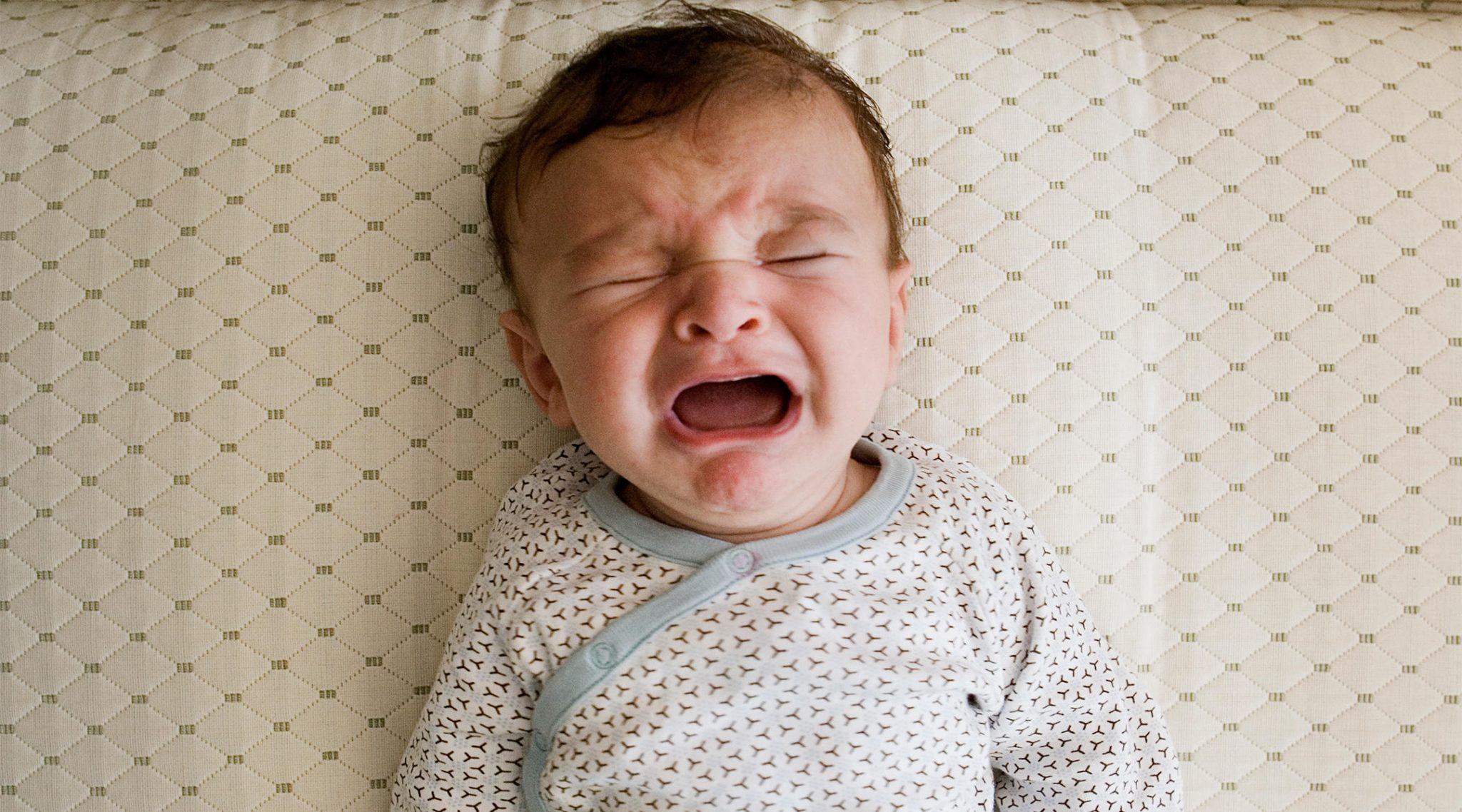 Photo of أسباب الحزق عند الرضع وطرق العلاج