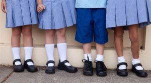 اختاريالحذاء المدرسي ا لمناسبة لطفلك ولراحته