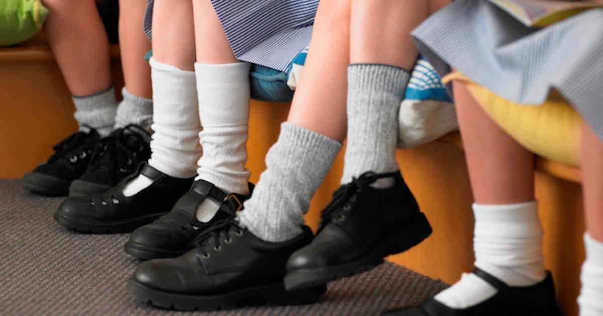 Photo of اختاري احذية للمدرسة مناسبة لطفلك ولراحته