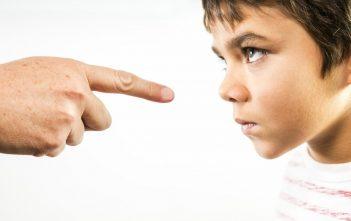 لا تقل لطفلك كلمة لا لهذه الأسباب