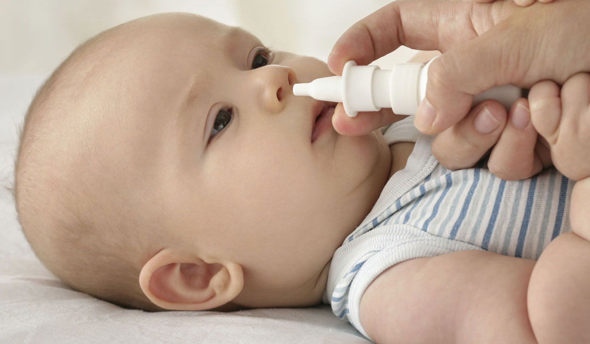 أسباب انسداد الانف عند الرضع والخنفرة وطرق العلاج