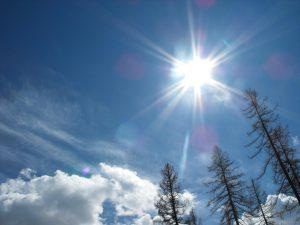 اعراض ضربة الشمس والإسعافات الأولية لها