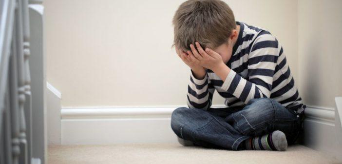 كيف اتصرف ابني غير محبوب بين اصدقائه