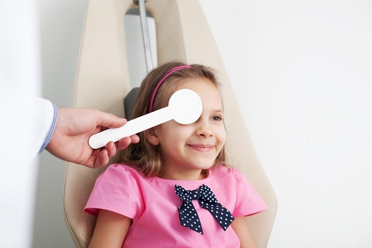 إحذر كسل العين عند الاطفال يجب معالجته مبكراً