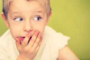 الالفاظ السيئة عند الاطفال وكيفية علاجها بالطرق التربوية
