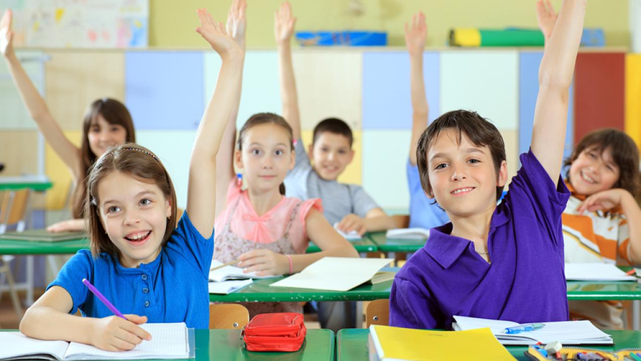 Photo of صفات المعلم الناجح وأثر سلوكيات المعلم على الأطفال!