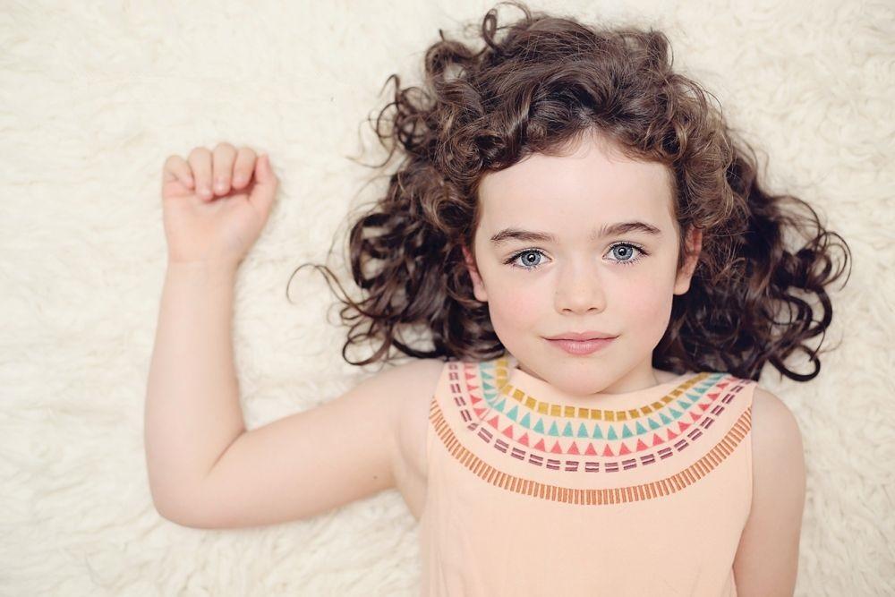 Photo of علاج الشعر الجاف بوصفات طبيعية عند الأطفال