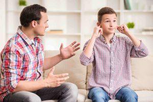 تعاملوا بمهارة أثناء فترة المراهقة لاولادكم
