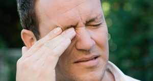 هل تعاني من انتفاخ الوجه بعد الاستيقاظ من النوم  ؟ إليك الأسباب