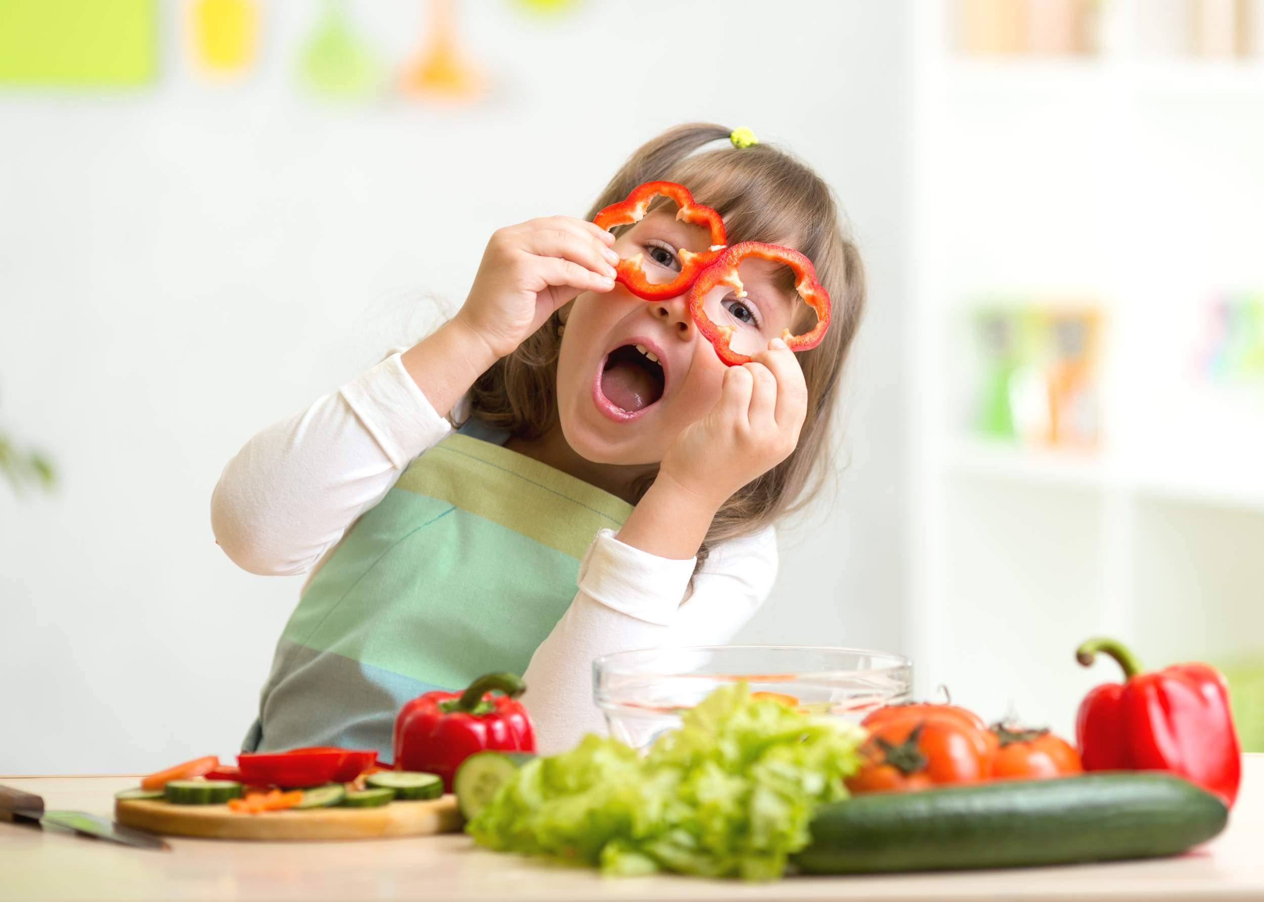 Photo of وجبات خفيفة وصحية لتقنعي طفلك بها