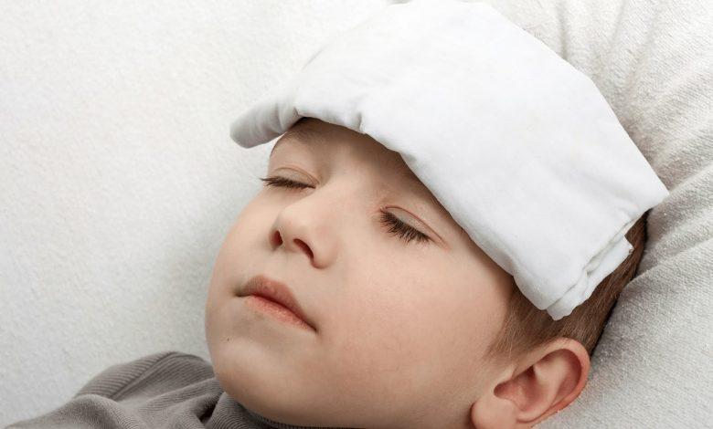 كل شئ عن حمى البحر المتوسط عند الأطفال