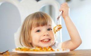 فوائد السمك للاطفال وتقديم الاسماك كغذاء للاطفال