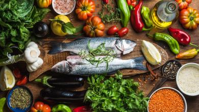 Photo of اطعمة تسبب ارتفاع وانخفاض الكولسترول