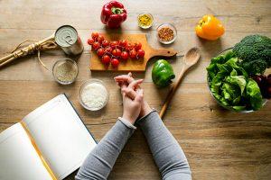 اخطاء الحميات الغذائية التي تمنع نزول الوزن وحلولها