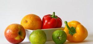 اغذية لعلاج الامساك ومثال ليوم صحي لعيش حياة بلا إمساك