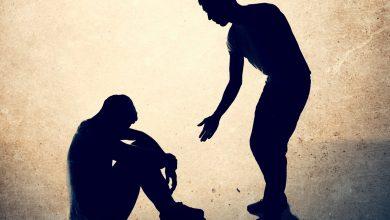 Photo of كيفية مساعدة الشخص المكتئب أن يتخطى حزنه